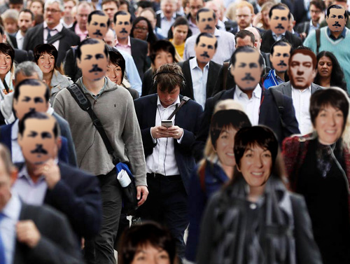 £2.99 masks sell out as Londoners defeat facial recognition systems